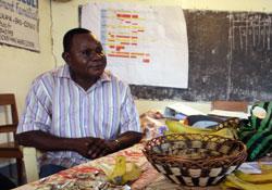 Administrateur au CNONGD et responsable au CRONGD Bas Congo.